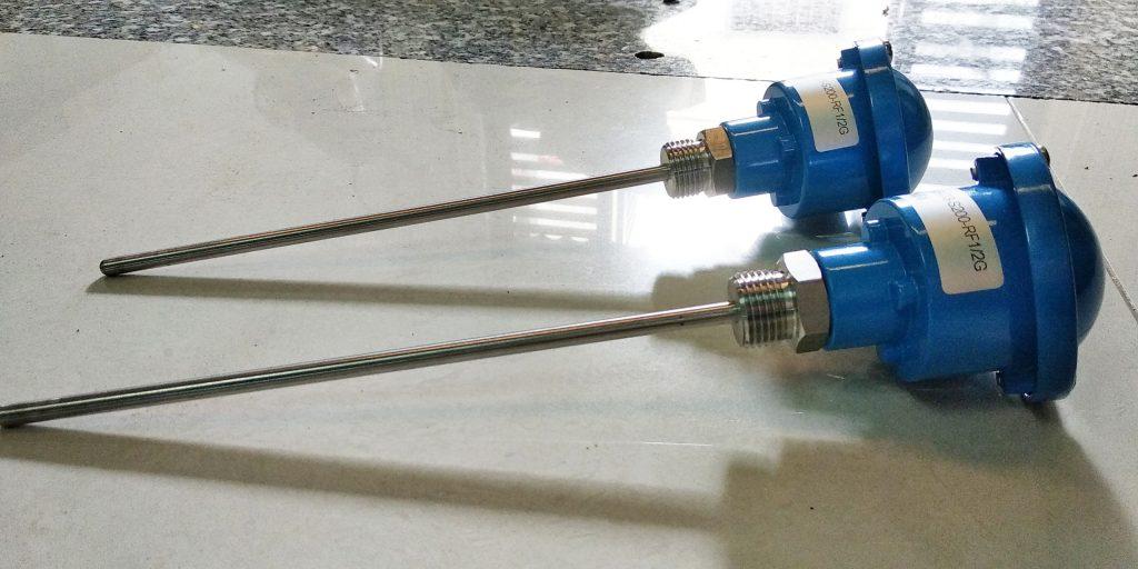 Cảm biến nhiệt loại Pt100 thông dụng